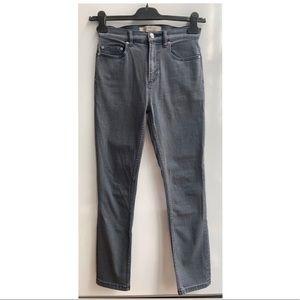 Marc Jacobs Ella Skinny Crop Jeans size 26